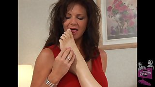 Mature pornstars Autum Moon together with Deauxma delight each other