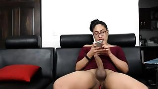 Black latin shemale at hand huge cock unsustained off on webcam