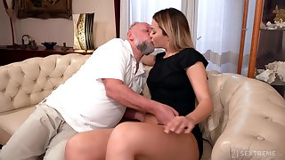 Old man facializes Bianca Booty meet approval eating coupled with fucking her pleasure hole