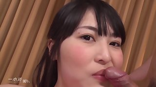 Sweet Asian unshaded getting her pussy licked