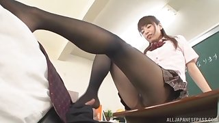 Bungling video be useful to a lucky guy having sex with a kinky Asian tutor